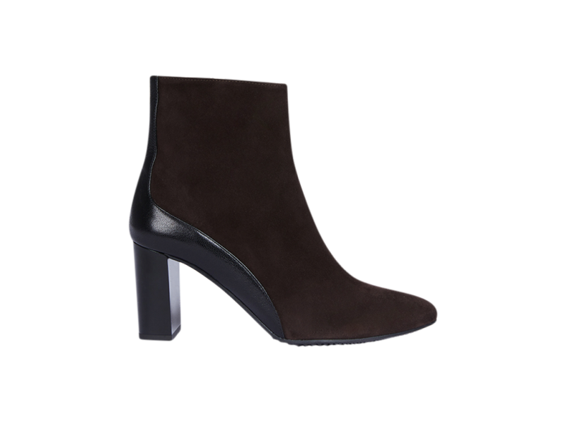 Pointy bootie in brown
